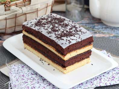 Vanilla and chocolate layer cake