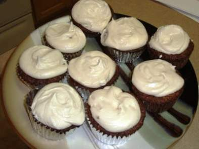 Vegan Carrot Cake Cupcakes with Cream Cheese Frosting, photo 4