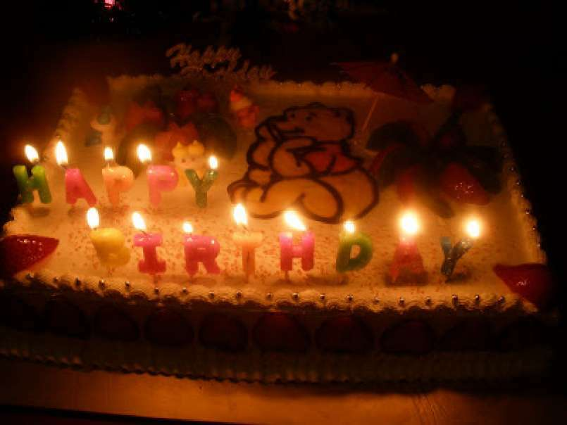 Outstanding Winnie The Pooh Birthday Cake Recipe Petitchef Funny Birthday Cards Online Alyptdamsfinfo