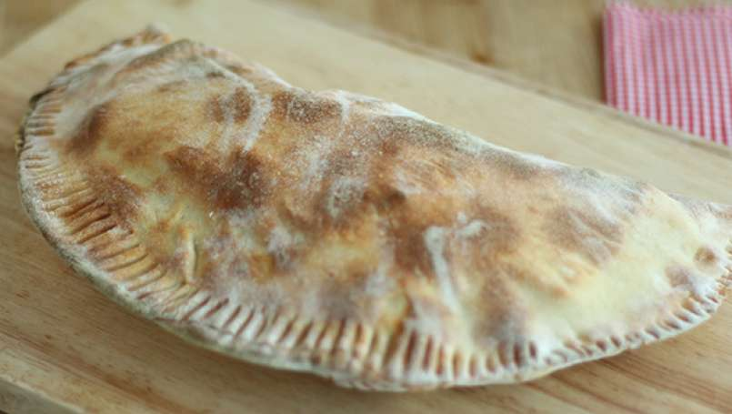 Cheese & ham calzone - Video recipe!